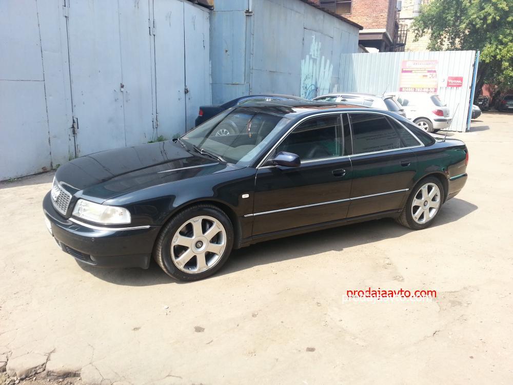 Audi S8 1999