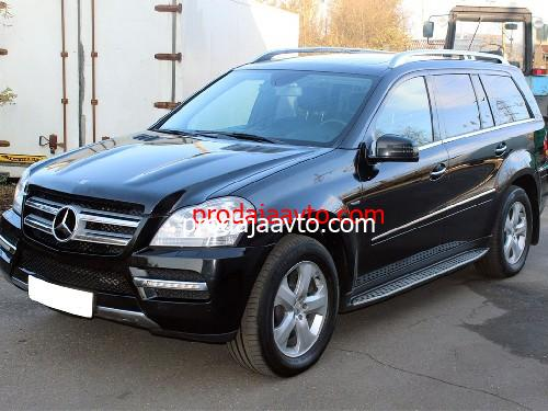 Mercedes-Benz GL350 2011