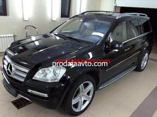 Mercedes-Benz GL500 2010