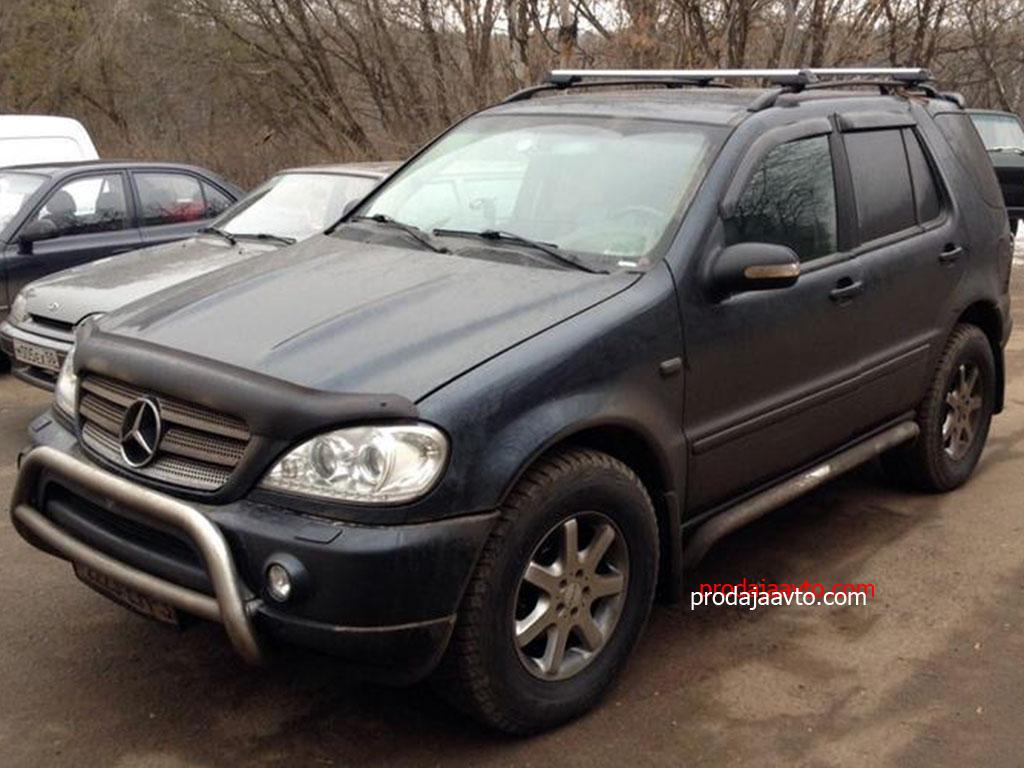 Mercedes-Benz ML320 2000