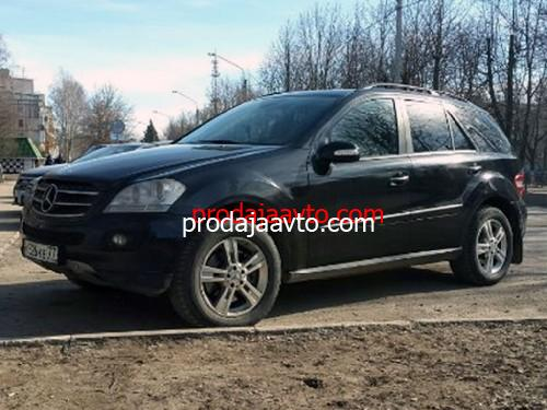 Mercedes-Benz ML500 2005
