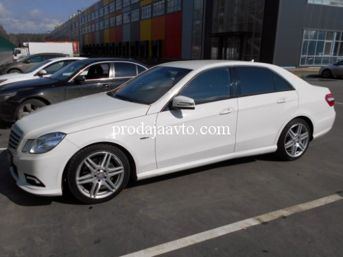 Mercedes-Benz E200 2012