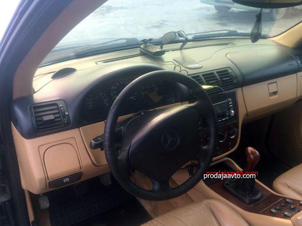 Mercedes-Benz ML230