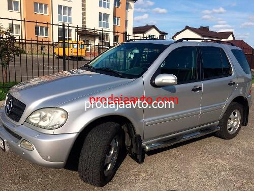 Mercedes-Benz ML320 2004