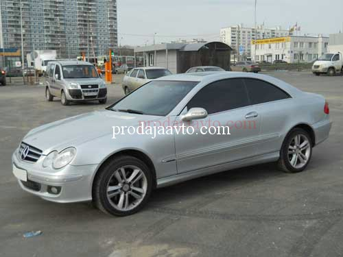 Mercedes-Benz CLK350 205