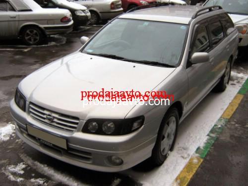 Nissan Avenir 2002